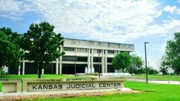kansas judicial center building inmate search